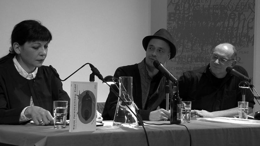 Екатерина Дробязко и Хендрик Джексон отвечают на вопросы модератора